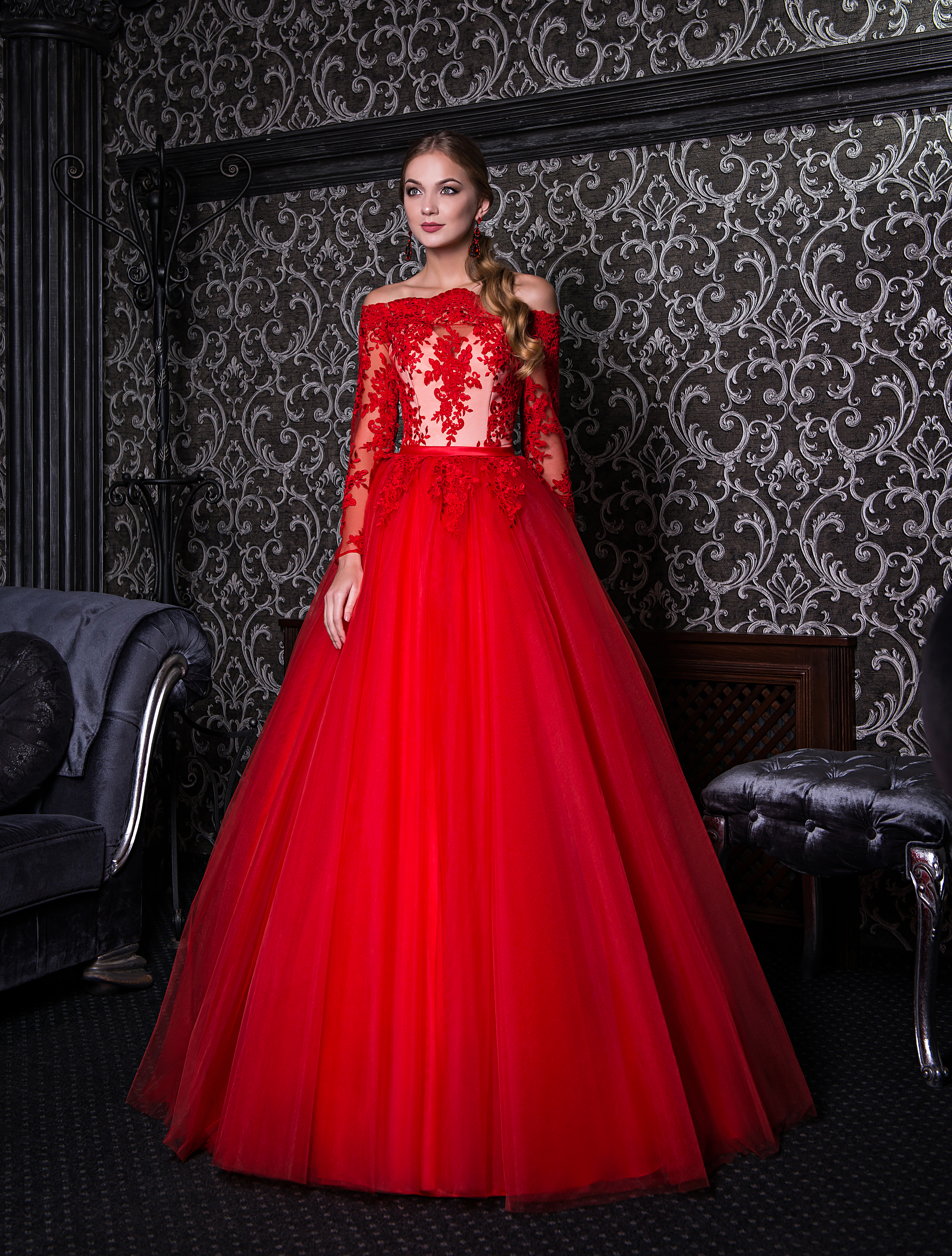 Evening dress with open shoulders and long sleeves-1